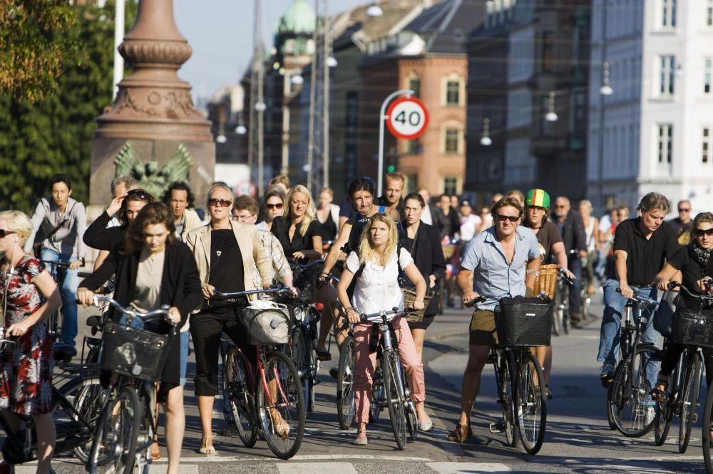 изначально система фото людей на улицах европы подъема