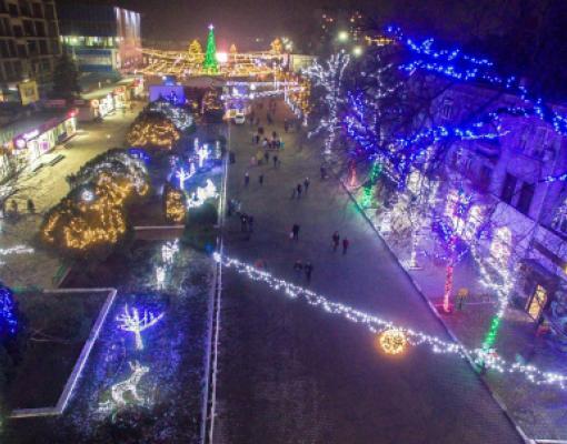 Новый год в Бельцах 2017