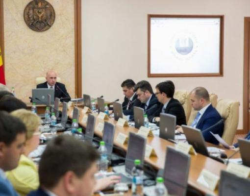 Павел Филип, правительство Молдовы