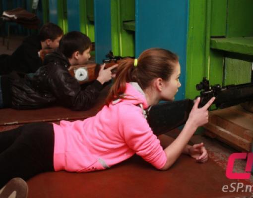 Пулевая стрельба из мелкокалиберной винтовки