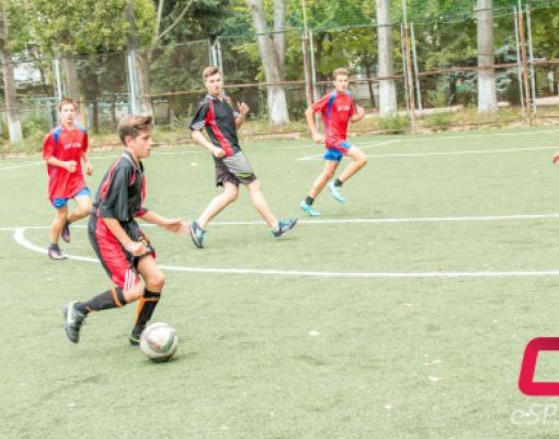 Турнир по мини-футболу среди команд лицеев и гимназий города, посвящённый Дню национальной армии РМ