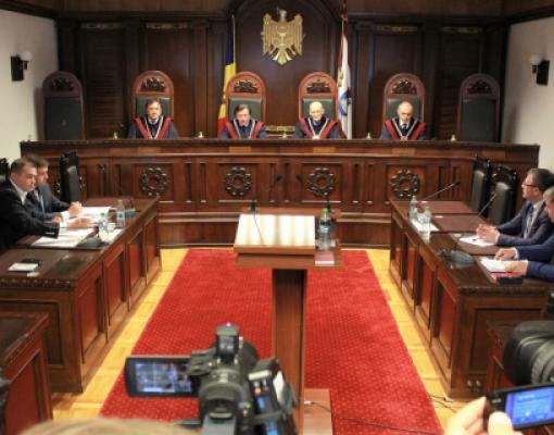 Запрос либералов об отмене статуса русского языка в Молдове частично  удовлетворен 4bb4327eda1