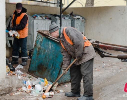 Вывоз мусора в Бельцах