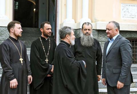 Епископ Маркелл и президент Игорь Додон