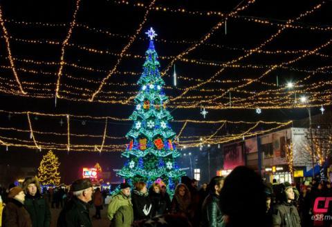 Новогодняя ёлка в Бельцах 2017