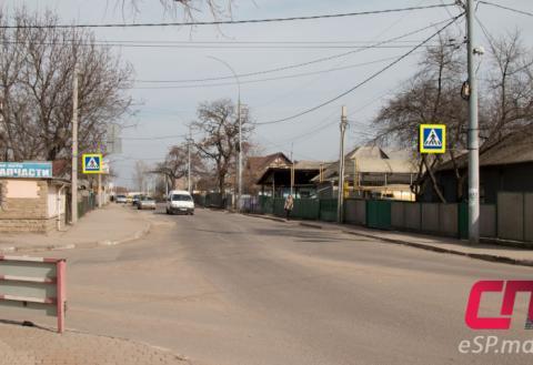 Пешеходный переход на Кишинёвском мосту в Бельцах