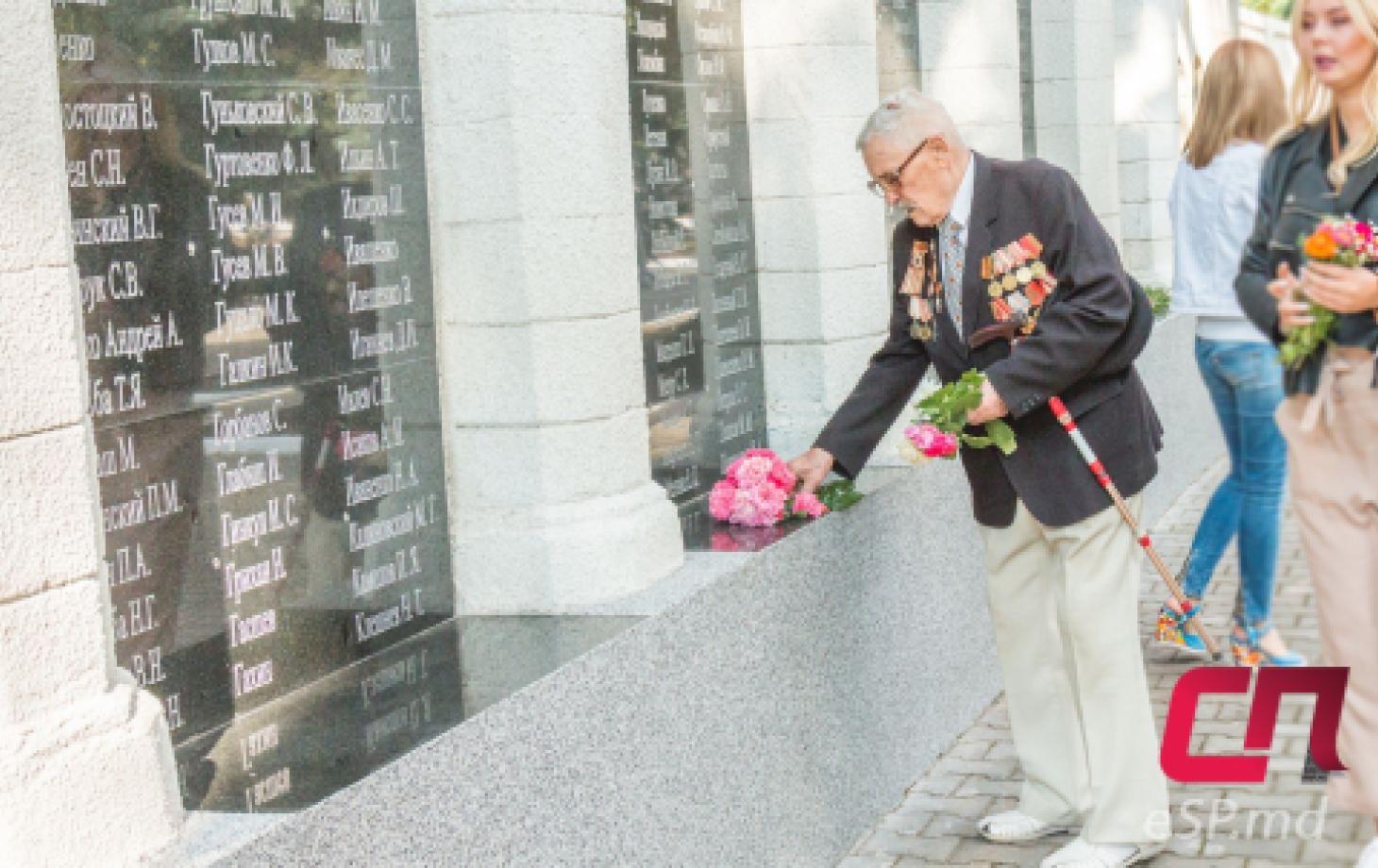 Возложение в Бельцах, годовщина Яссо-Кишинёвской операции