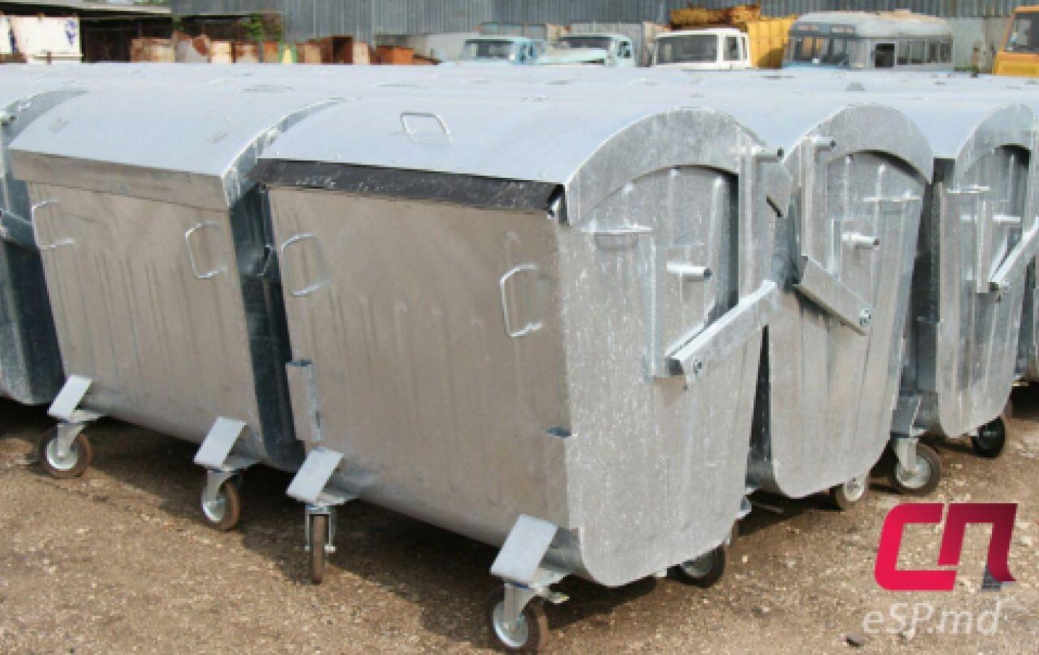 Мусорные контейнеры, вывоз мусора в Бельцах
