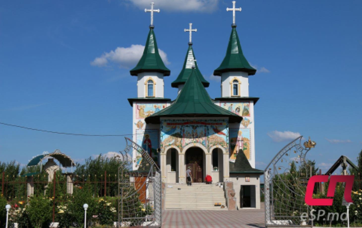 церковь Всех святых на улице Н. Йорги в Бельцах, достопримечательности